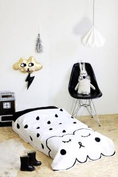 habitacion-infantil-blanco-y-negro-complementos